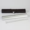 La barra telescópica es desmontable y se puede guardar cómodamente junto con el estuche de aluminio en la bolsa de transporte (similar a la imagen)