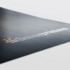 El lacado en relieve parcial proporciona una estructura elevada a sus materiales de impresión.