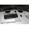 mesa de trabajo con bloc de escritorio