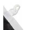 ribete cosido con costura doble, en el lateral largo reforzado con cinta sobrepuesta que incluye lazo y mosquetón