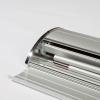 el banner Rollup y la barra se pueden guardar cómodamente en el estuche de aluminio (similar a la imagen)