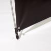 La protección de goma de las patas garantiza una estabilidad firme y es respetuoso con la superficie en la que se apoyan.